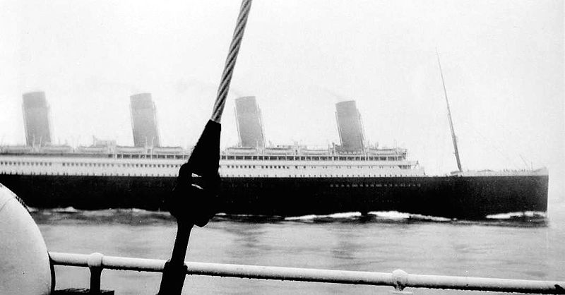 La collision du RMS Olympic et du Nantucket LV-117