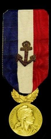 Médaille identique à celle décernée à Bertram Hayes pour le sauvetage du Provincia
